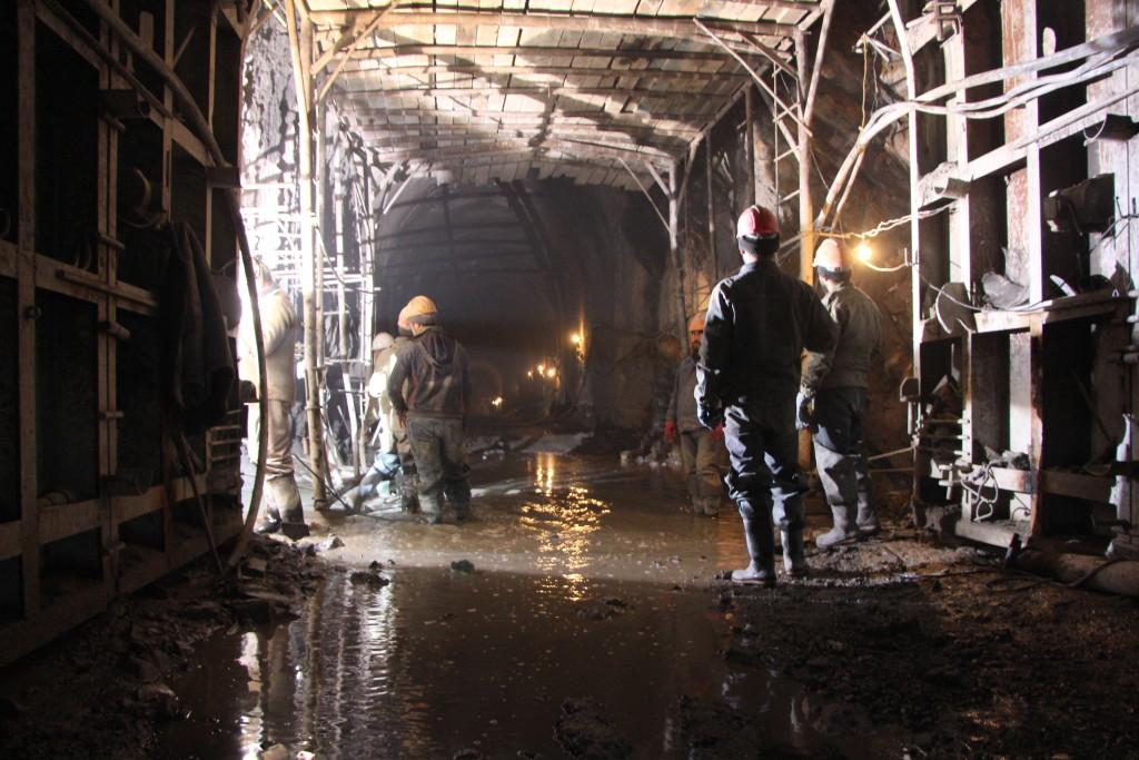 бетонирование в деривационном тоннеле